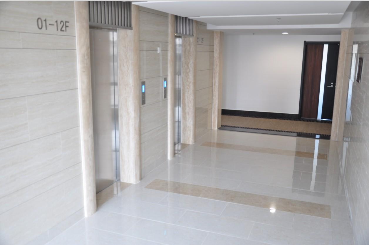锦联国际大厦大堂楼层内电梯前室